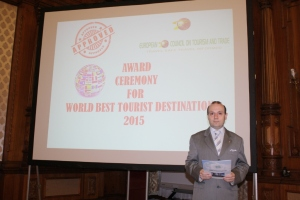 European Council on Tourism and Trade President presents the winner of World Best Tourist Destination 2015