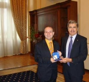 President Anton Caragea receives Parliament Award