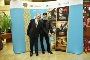 president-dr-anton-caragea-and-kazakh-actor-asylkhan-tolepov